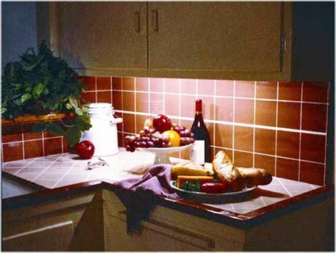 lumi鑽e sous armoire cuisine eclairage de cuisine led quelle utilisation pour les clairages led en domotique eclairage de meuble xqlite clairage rglette halogne pour placard