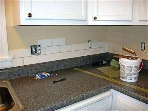 cost to install kitchen backsplash cost of kitchen backsplash arnhistoria 8395