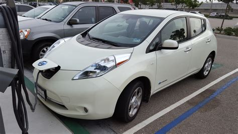 questions people    nissan leaf   charging station cleantechnica