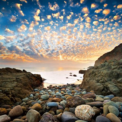 The Weather and Folklore of Altocumulus Clouds