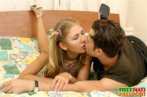 Bedtime Oral From A Pigtails Cute Blondie Nympho In Pigtail Does Blows Penetrated And Receives