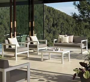 Salon De Jardin Blanc : salon de jardin en aluminium blanc brin d 39 ouest ~ Teatrodelosmanantiales.com Idées de Décoration