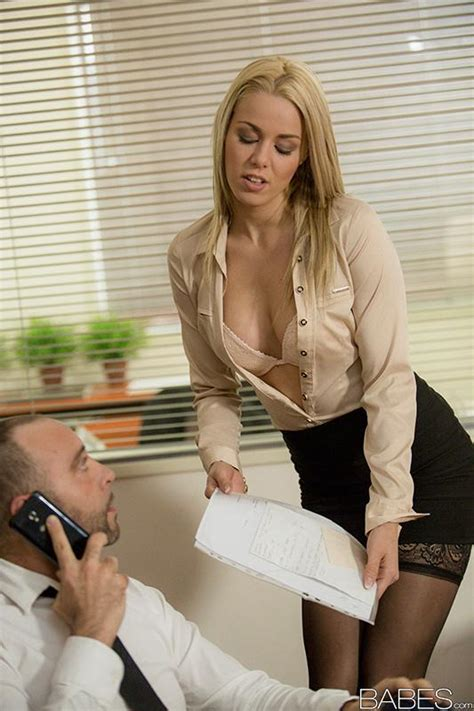 Blonde secretary dripping jizz off of tongue after fucking ...