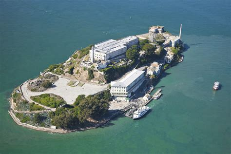 alcatraz and island what is the best way to tour alcatraz island the purple orchid wine resort spa