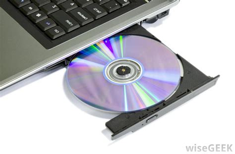What Are Secondary Storage Devices? (with Pictures