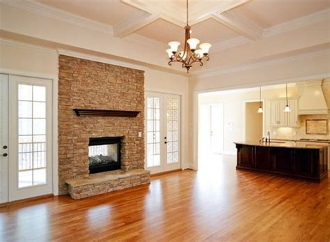 sherwin williams biscuit walls dover white trim
