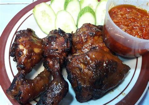 Pokoknya resep ini sangat rekomended sekali. Resep 33.Ayam bakar bumbu bacem oleh Siti Juliha - Cookpad