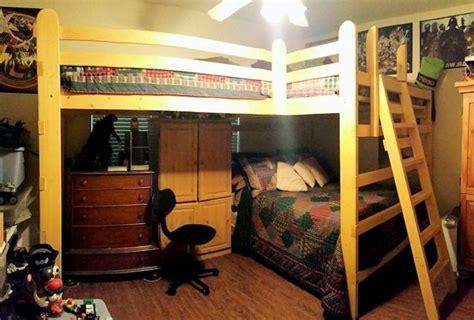 Hochbett Kleines Zimmer by Jugendzimmer Mit Hochbett 90 Raumideen F 252 R Teenagers