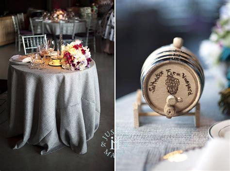 disposition cuisine mariage violet thème vigne vin fête