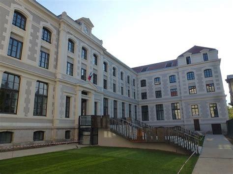 Collège La Tourette Lyon 69 Abac