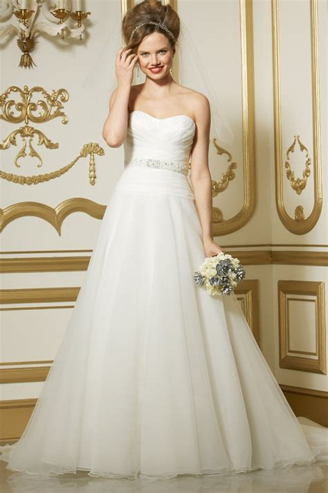 intrigued    wedding dresses ohh