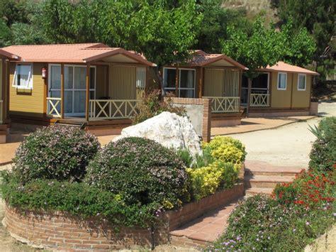 jeu la cuisine de bungalow trianon 4pax cing bungalows roca grossa