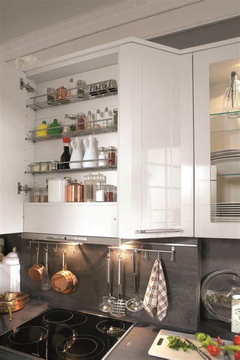 la cuisine des epices hotte range épices et meuble de cuisine hauts électrique