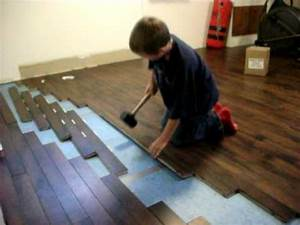 pose ultra facile d39un plancher de bois franc youtube With pose d un parquet