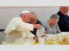 VIDEO El Papa almuerza con 60 pobres de Florencia con