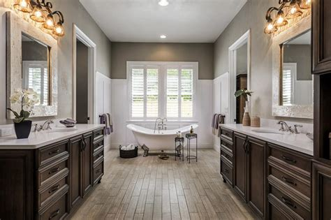 22 Stunning Bathrooms With Claw-foot Tubs Kitchen Design 2020 Country Kitchens Designs Small Pics Tulsa Ultimate Dining Room Layout New Software Price