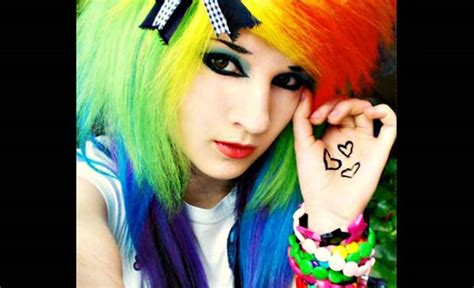 amazing emo hairstyles   blow  mind