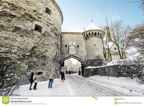 intermarché porte de la mer porte de mer dans la vieille ville 224 tallinn en hiver l