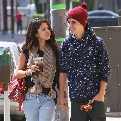 Selena Gomez Supports Boyfriend Justin Bieber At Ice