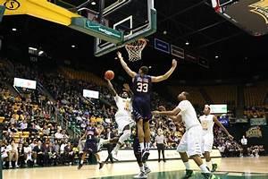 Mason men's basketball outlasts Richmond 69-60 for first A ...