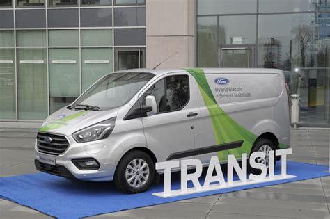 ford transit custom ladefläche ford transit custom in hybrid una scommessa