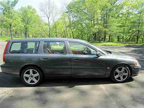 buy   volvo   wagon  door  manual  speed