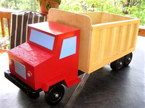 build  table  truck toy box plans homemade