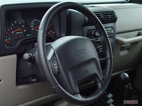 image  jeep wrangler  door rubicon steering wheel