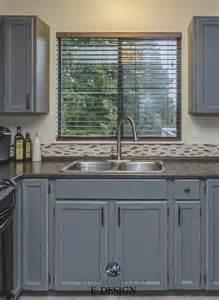 gray distressed kitchen cabinets my kitchen painted and distressed cabinets oak to gray 3918