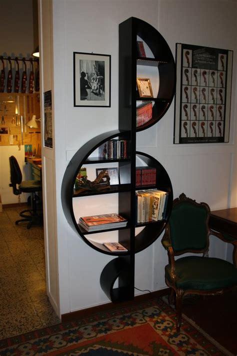 libreria musica la libreria moderna a violino per gli amanti della musica