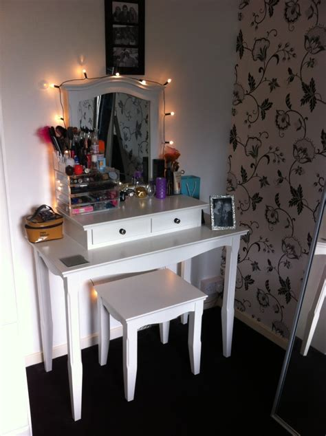 makeup vanity table with lights and mirror vanity black set with lights bedroom and for sets lighted