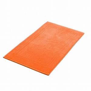 tapis de bain orange 50x80 cm 900gr m2 la compagnie du blanc With tapis de bain orange