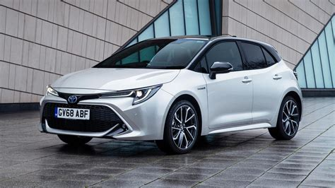toyota  suzuki  joining forces  expand  offerings