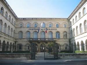 Fichier:Chambre de commerce et d'industrie Nîmes France