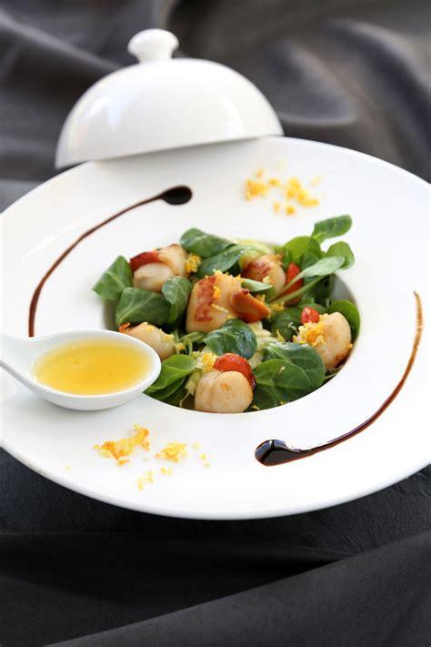 cuisine jacques recette salade de jacques aux herbes