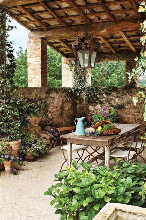 Backyard Decor by The Tuscan Sun 30 Outdoor Dining In Tuscany