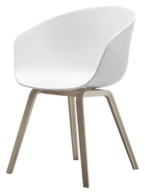 fauteuil about a chair aac22 plastique pieds bois