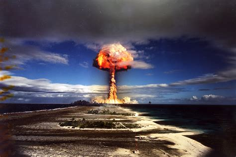 French 'canopus' Nuclear Weapons Test At Fangataufa Atoll