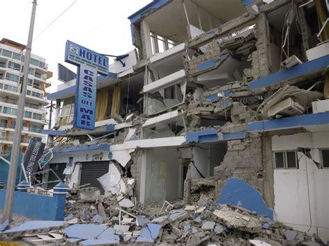 Ecuador Quake, Aftershocks Leave Three Dead, Serious