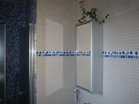 ardoise de cuisine salle de bains en ceramique et pate de verre azur agencement