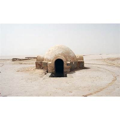 Visit the Chott el Jerid Salts Flat and Star Wars Lars