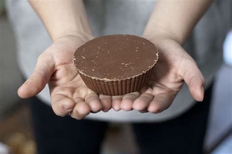 1 pound to cups the half pound reese s peanut butter cup just made my christmas wish list a whole lot of
