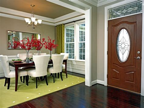 Dining Room In Entryway by Take Better Real Estate Photos With These 4 Pro