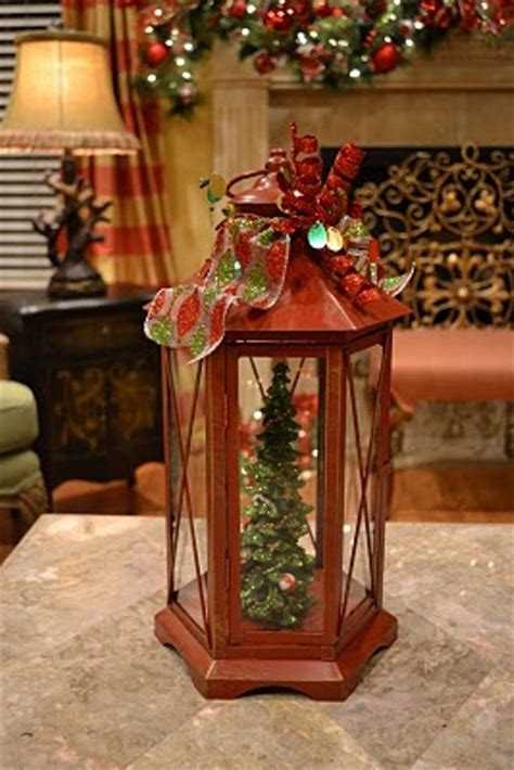 christmas lantern ideas 65 amazing christmas lanterns for indoors and outdoors digsdigs