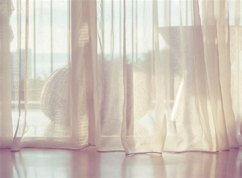 where can i find curtain fabric supplier