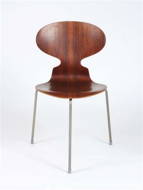chaise fourmi galerie alexandre guillemain artefact design arne