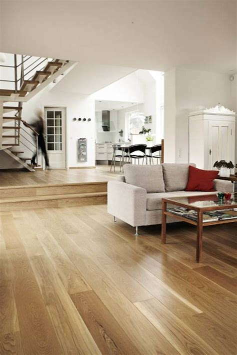 Junckers Natural solid Oak flooring   BIID