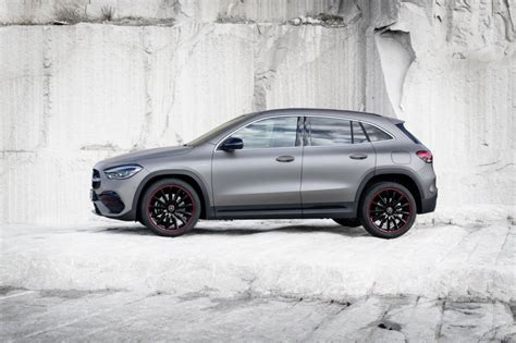 Окраска designo белый бриллиант, 2020 г.в. Mercedes GLA 2 (2020) : un SUV compact et habitable - Photo #8 - L'argus