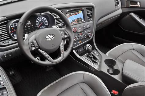 Kia Optima Inside by Photos Kia Optima Tf 2011 From Article Economy