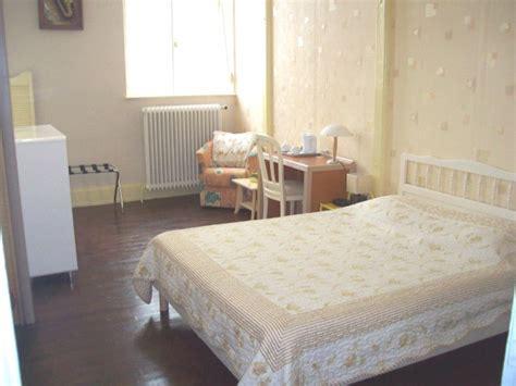 chambre d hotes puy de dome chambres d 39 hôtes gîte ou dortoir dans la chaîne des